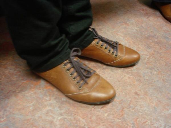 Sacha Bruin Lederen Platte Schoenen